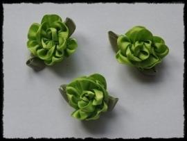 Satijnen bloem met gekruld blad, groen - 3 stuks - 3 cm.