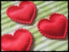 Hartjes satijn, rood - 4 stuks - 2 cm.
