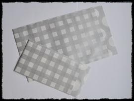 Papieren zakjes, zilvergrijs ruitje - 7x13 cm. - 5 suks