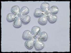 Satijnen bloemetjes, zilver met wit kant - 4 stuks - 35mm