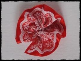 Rozet, satijn met kant - rood - 5 cm.