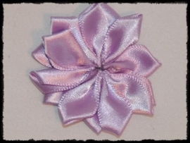 Satijnlint rozet, lila - 5 cm.