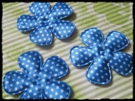 Satijnen bloemetjes, blauw polkadot - 4 stuks - 47mm.