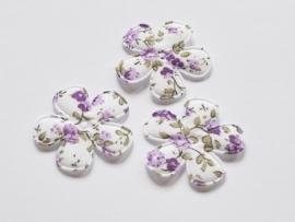 Katoenen bloemetjes, wit met paarse roosjes - 4 stuks - 35mm.