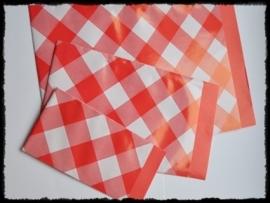 Papieren zakjes, rood geruit - 17 x 25 cm. - 5 stuks