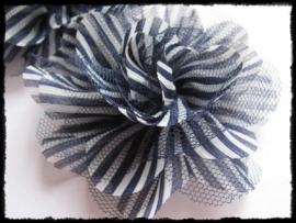 XXL-bloem - gestreept met tule, donkerblauw - 10 cm.