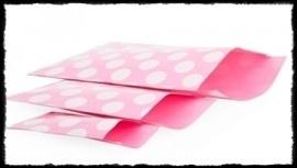Papieren zakjes, roze met dots - 17 x 25 cm. - 5 stuks