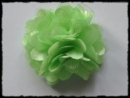XL-bloem satijn met tule, groen - 5 cm.
