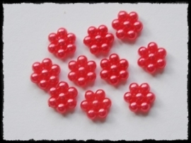 Parelbloemetjes rood - 10 stuks - 1 cm.