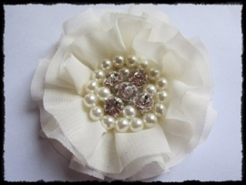 XL-bloem - luxe chiffon met parels en strassteentjes, ivoor - 9 cm.