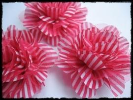 XXL-bloem- gestreept met tule, fuchsia - 10 cm.
