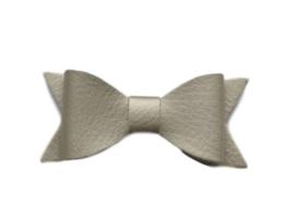Leren strik, brons - 7 cm.