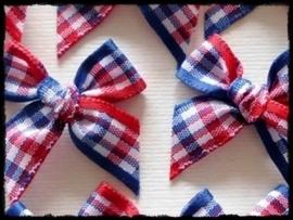 Strikjes, rood/blauw geruit - 4 stuks - 2,5 cm.