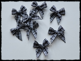 Zwart geruite strikjes - 4 stuks - 3 cm.