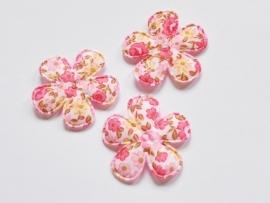 Katoenen bloemetjes, wit met fuchsia roosjes - 4 stuks - 35mm.