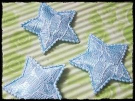 Sterren, lichtblauw satijn met kant - 4 stuks - 35mm