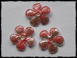 Satijnen bloemetjes, zilver met rood kant - 4 stuks - 35mm