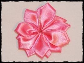 Satijnlint rozet, fuchsia - 5 cm.