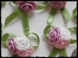 Rozenboeketje, lila, roze en wit - 3 stuks - 3 cm.