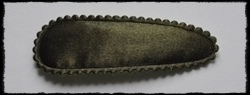 (gr) Haarkniphoesjes, legergroen satijn - 2 stuks incl 2 knipjes