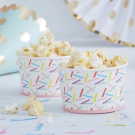 Pick & Mix feestartikelen - Confetti Sprinkles snack/ ijsbakjes (8st)