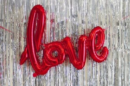 NORTHSTAR folieballon/ tekstballon LOVE rood
