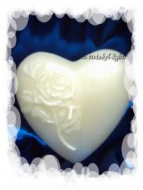 Kaars Hartvorm, wit parelmoer met opdruk witte roos