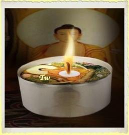 Theelicht/Waxinelicht Boeddha. Afbeelding blijft zichtbaar tot het einde!