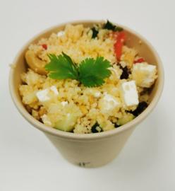 Couscous (feta, tomaat, komkommer, cashewnoten, koriander en granaatappel)