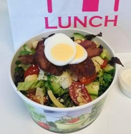 Ceaser salade met bacon (en kip)