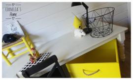 Op maat gemaakte speelgoedkist op wieltjes