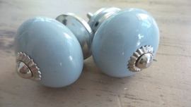 Lichtgrijze ronde porseleinen meubelknop
