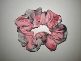 12031 - Roze paarden scrunchie