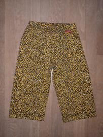 16004 - Wijdvallende broek oker gele panter print
