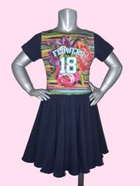 4425 - Wijdvallend  Flower jurkje