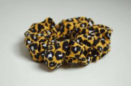 12016 -  Gele leopard scrunchie