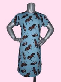 4443 - Paarden jurkje lichtblauw