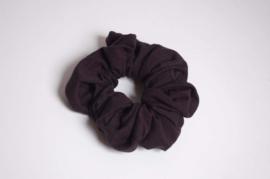12011 -  Zwarte scrunchie