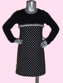 4108 - Zwart wit stippen jurkje 98-104
