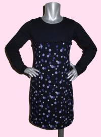 4202 - Zwart met paarse stippen jurkje