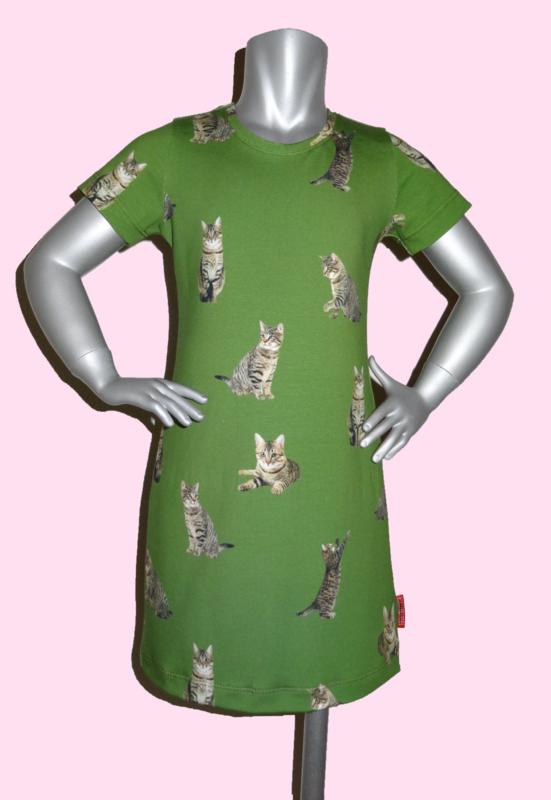 4214 - Poezen jurkje groen (ook lange mouwen)