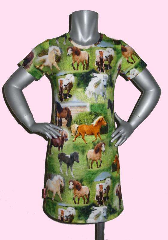 4186 - Paarden jurkje  maat 86-92, 98-104, 110-116
