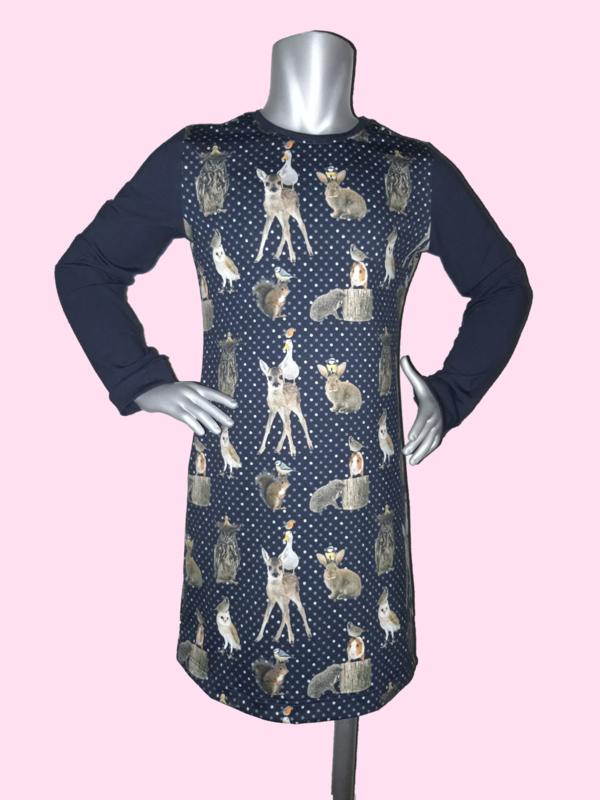 4384 - Donkerblauw bosdieren jurkje