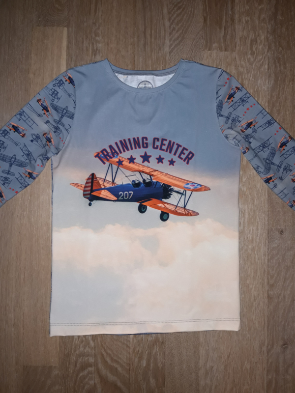 3423 - Vliegtuig longsleeve of shirt (direct leverbaar)