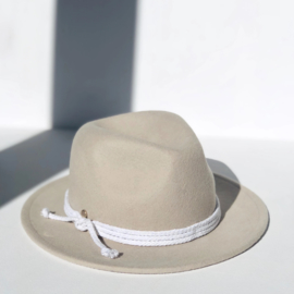 Hat Sand