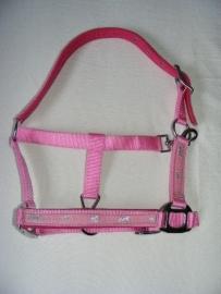 roze halster met zilverkleurige paardjes