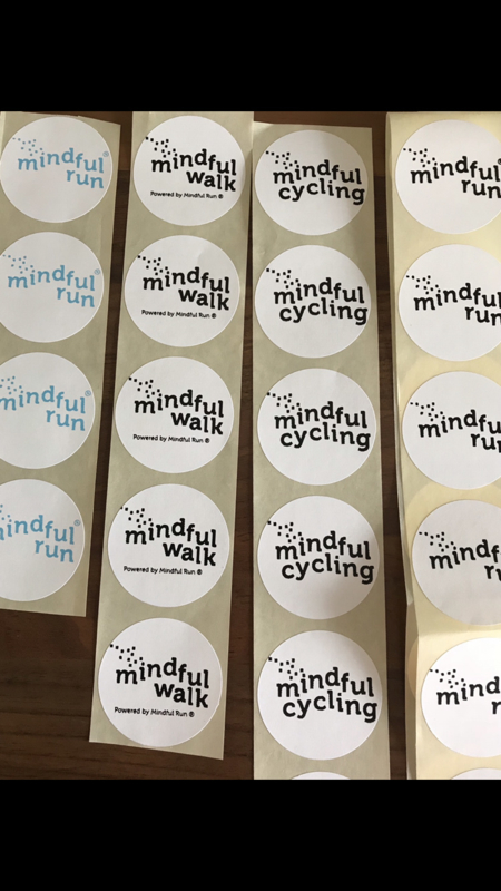 Sticker Mindful Run 45 mm blauwe opdruk