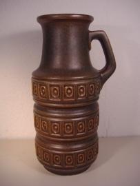 Kan in bruin groen decor Inca reliëf 26 cm.