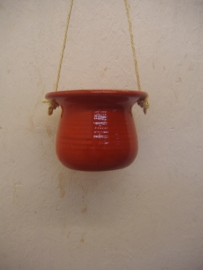 Hangpot in oranje 15 cm. / Hanging planter in orange 5.9 inch.