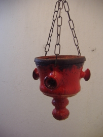Grove pot in rood en zwart 22 cm. / Coarse pot in red and black 8.7 inch.